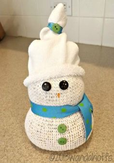 A fast and easy snowman craft project using a sock and rice.