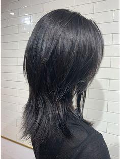 Edgy Short Hair, Asian Short Hair, Japanese Short Hair, Cut My Hair, Hair Cuts, Hair Inspo, Hair Inspiration, Medium Hair Styles, Curly Hair Styles