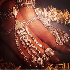 Indian bridal toe ring with ankle jewelry unique design