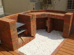 Barbecue Patio Ideas – With the weekend drawing to a close and summer just on the way, getting a barbecue station running might be an idea on the top of your mind. Barbecue Design, Grill Design, Patio Design, Brick Built Bbq, Brick Bbq, Backyard Kitchen, Outdoor Kitchen Design, Large Backyard Landscaping, Backyard Patio