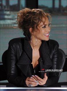 curly updo - Jennifer Lopez