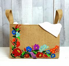 RETRO LAUNDRY BAG Summer Floral Hamper Colorful Hessian Painted Storage Organizer Basket Jute Burlap Bath Beauty Box Handmade Birthday Gift Paint Storage, Bag Storage, Handmade Birthday Gifts, Handmade Gifts, Gifts For Friends, Gifts For Mom, Hessian Bags, Felt Pictures, Container Organization