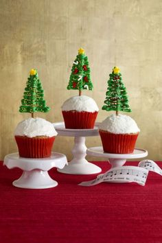 Top off a delicious holiday meal with these easy dessert recipes, guaranteed to make your day merrier.