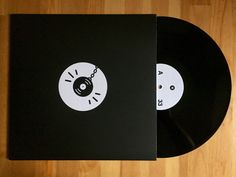 Meine Wertung: 8/10 für Hip Dozer Compilation 001. Die Platte macht echt Spass. Ich mag ja diese Compilations, wo man viele Beatbastler neuentdeckt.