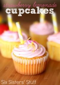 Six Sisters Strawberry Lemonade Cupcakes Recipe. You will love these fun cupcakes!