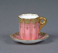 Coalport China Cup and Saucer Pink ground jewelled date from Jewelling was a technique popular in the late and reflects the technical expertise of Coalport China Cups And Saucers, China Tea Cups, Teapots And Cups, Teacups, Tea And Crumpets, Antique Tea Cups, Tea Service, My Cup Of Tea, Tea Cup Saucer