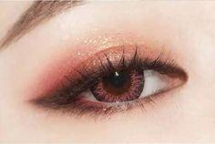 Gorgeous Makeup: Tips and Tricks With Eye Makeup and Eyeshadow – Makeup Design Ideas Beautiful Eye Makeup, Natural Eye Makeup, Cute Makeup, Makeup Looks, Korean Eye Makeup, Asian Makeup, Ulzzang Makeup, Applying Eye Makeup, Maquillage Halloween