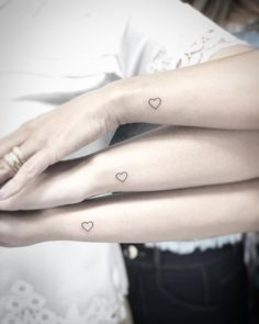 Cute Tiny Tattoos, Small Tattoos, Family Tattoos, Friend Tattoos, My Hair, Tatoos, Tatting, Piercings, Women