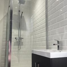 #VPShareYourStyle The Drift Essen 2 Door Floor Mounted Unit & Basin looks outstanding in this contemporary bathroom design by Amy from St Neots