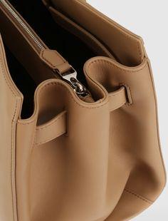Max Mara CLA02 cuoio: Monopolis Bag in pelle.
