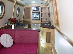narrowboat interior from http://cumbrianarrowboats.co.uk