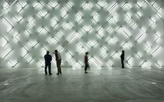 Resultado de imágenes de Google para http://assets.artandculture.com/media-prod/public/uploads/images/57457/irwin_lightspace_lightbox.jpg