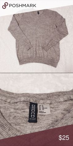 Gray Sweatshirt ✤ Sweatshirt ✦ Gray  ◈ Brand : Divided by H&M ◈ Size : Extra Large ◈ Condition : Barely worn / like new  M e a s u r e m e n t s :  Shoulders : 51 cm Length : 71.5 cm Sleeve : 65 cm  ☩ From smoke free and pet friendly home ღ Feel free to make an offer ツ Check out my closet for more clothes.  ★ Pls check the measurements carefully , some clothes are may not run true the size ★ H&M Tops Sweatshirts & Hoodies
