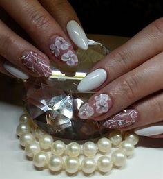 Day 156: Bridal Pearls Nail Art