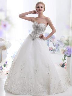 Glamorous & Dramatic A-line Chapel Train Tulle Wedding Dress WD0500019