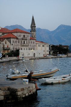 Perast Montenegro .... Book  Visit MONTENEGRO now via www.nemoholiday.com or as alternative you can use montenegro.superpobyt.com... For more option visit holiday.superpobyt.com ...