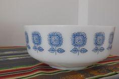 FEDERAL Milk Glass  Bowl  Blue Sunflowers  3 QT Vintage  1960's Lot M2
