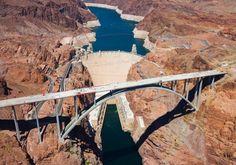 Excursión al Grand Canyon West Rim con escala en la Presa Hoover y opción Skywalk