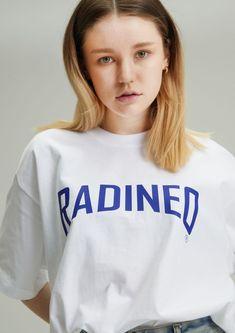 #그래픽 #반팔 #티셔츠 #라디네오 #여름 #디자인 #ARCH White T, Sweatshirts, Sweaters, T Shirt, Fashion, Supreme T Shirt, Moda, Tee Shirt, Fashion Styles
