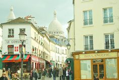 montmartre, paris, france. you'll see a lot of this on here BECAUSE I REALLY WANT TO GO THERE AGAIN.