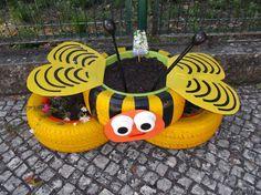 Resultado de imagem para abelha de pneus