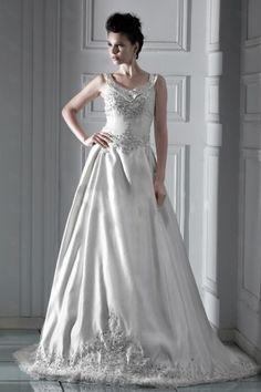 ballgown floor-length lace wedding dress