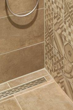 mooie vloeren in stadsvilla te Breda Tile Floor, Flooring, Projects, Crafts, Log Projects, Blue Prints, Manualidades, Tile Flooring, Wood Flooring