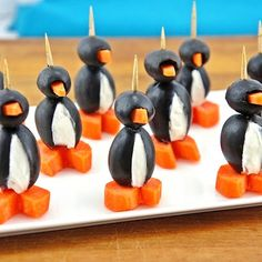 Cream Cheese Party Penguins- Winter Party Food (I know... Frozen doesn't have penguins but these are so cute!)