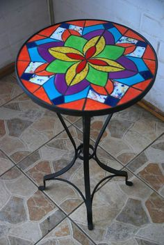 Mosaiquismo Mosaic Art, Mosaic Tiles, Mosaic Coffee Table, Mosaic Flowers, Mosaic Projects, Winter Garden, Decorating Tips, Home Crafts, Stained Glass