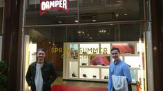 Visiting the Camper shoe store following the assessed discussions our students had about this innovative Spanish company.