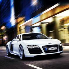 Clean white Audi R8.