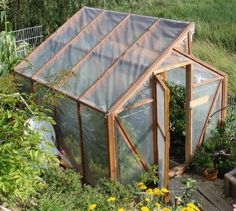 Greenhouse Plans 455004368603985610 - How to build a greenhouse Diy Greenhouse Plans, Cheap Greenhouse, Greenhouse Interiors, Backyard Greenhouse, Greenhouse Wedding, Permaculture, Fukuoka, Plantation, Garden Paths