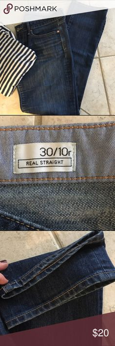 """Gap 1969 Real Straight jeans On vacation!  I will be able to ship on 10/30.  I am available to answer any questions! Gap 1969 Real Straight jeans. 30"""" inseam great condition. Good stretch GAP Jeans Straight Leg"""