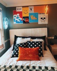 50 lovely dorm room ideas to tare room decor to the next level 21 Cute Room Ideas, Cute Room Decor, Room Ideas Bedroom, Bedroom Decor, Dorm Room Designs, College Dorm Rooms, Diy Room Decor For College, Aesthetic Room Decor, Bedroom Styles