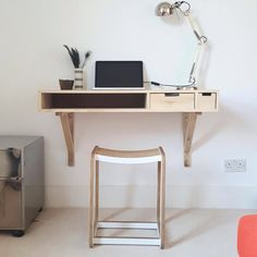 Calvers & Suvdal - Feel at Home with our exclusive collection of modern Chairs Wall Mounted Desk, Wall Desk, Modern Chairs, Modern Furniture, Fold Away Desk, Solid Wood Desk, Floating Desk, Small Rooms, New Room