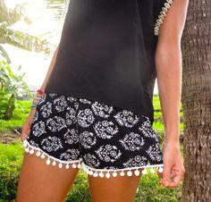 SALE - KIDS Pom Pom Shorts - Black and White Thyme Pattern - Cute Kids Shorts - SIZE 10