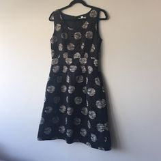 "BANANA REPUBLIC dress, perfect for work and play! Lightweight polka dotted linen dress, with A-line skirt. Gently used, dry clean only! Size 4, fits true to size - for comparison, I am 5'7"", bust measures 32/34. Banana Republic Dresses"