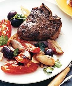 Lamb Chops With Tomatoes and Olives