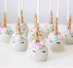– Your cake pops are what lovers' dreams are made of! (Scroll back for more unicorn party ideas!) – Your cake pops are what lovers' dreams are made of! (Scroll back for more unicorn party ideas! Unicorne Cake, Cake Cookies, Eat Cake, Cupcake Cakes, Oreo Cupcakes, Cake Fondant, Cake Smash, Unicorn Birthday Parties, Girl Birthday