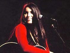 Emmylou Harris & Gram Parsons                     --Love Hurts--       by Boudleaux Bryant    [Intro]  G   Em   C   D          G           Em          C          D  Love hurts, love scars, love wounds and mars      G         Em        C       D  Any heart not tough nor strong enough                   G     B7            Em  To take a lot of pain, take a lot of pain  G7             C                     D  Love is like a cloud, pulls a lot of rain       G       F