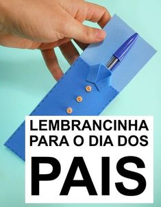 Lembrancinha Dia dos Pais - lembrança de EVA para o Dia os Pais #diadospais #lembrancinha #artesanatoEVA Cd Crafts, Bible Crafts, Crafts For Kids, Jw Gifts, Work Gifts, Summer Camp Crafts, Camping Crafts, Fathers Day Crafts, Gifts For Father