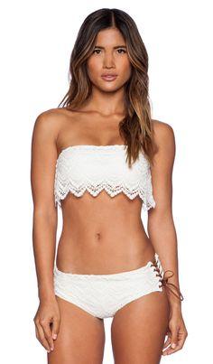 AMUSE SOCIETY Sadie Crochet Bandeau Bikini Top em Casablanca | REVOLVE