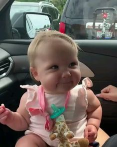 Kids Discover funny baby pictures with captions . Cute Funny Baby Videos, Cute Funny Babies, Funny Videos For Kids, Videos Funny, Fun Funny, Humor Dental, Funny Baby Memes, Baby Humor, Funny Jokes