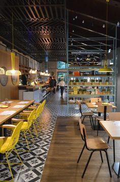 Most Inspirational School Cafe Design - Part To Remember Restaurant Design, Concept Restaurant, Deco Restaurant, Industrial Restaurant, Modern Restaurant, Restaurant Seating, Café Design, Floor Design, Cafe Bar
