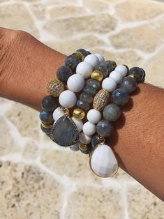 Bohemian Bracelets, Gemstone Bracelets, Jewelry Bracelets, Bracelet Display, Bracelet Set, Bracelet Making, Jewelry Making, Bracelet Designs, Beaded Jewelry
