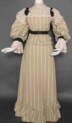 1895s Robe de jour
