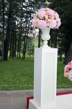 тумба для цветов на свадьбу: 9 тыс изображений найдено в Яндекс.Картинках