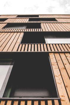 U-MONS Rénovation lourde (esthétique et technique) et simplification volumétrique d'un bâtiment situé dans le Centre Ville et abritant 104 chambres d'étudiants pour l'Université de Mons. Mons, 2013-2015 Programme: Logement collectif étudiant Surface:...