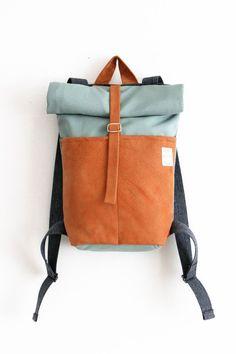 LINKT Handmade / minimal design backpack / handgemaakte leren tassen -- build with repurposed clothing women handbags and purses designer bags and Diy Backpack, Leather Backpack, Coach Backpack, Rucksack Backpack, Leather Bags Handmade, Handmade Bags, Mochila Jeans, Designer Backpacks, Designer Bags
