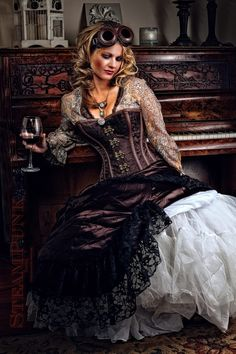 A guide to Steampunk fashion: costume tutorials, Steampunk clothing guide, cosplay photo gallery, updated calendar of Steampunk events, and more. Arte Steampunk, Style Steampunk, Steampunk Pirate, Steampunk Couture, Steampunk Corset, Steampunk Cosplay, Steampunk Design, Victorian Steampunk, Steampunk Clothing